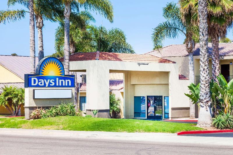 General view Days Inn By Wyndham San Diego Chula Vista Southbay