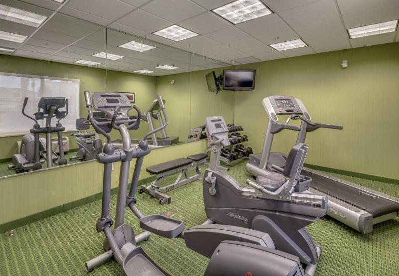 Fairfield Inn & Suites - Jacksonville Beach - Sport - 4