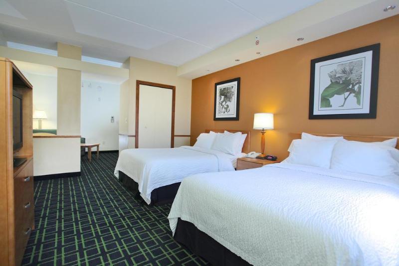 Fairfield Inn & Suites - Jacksonville Beach - Room - 1