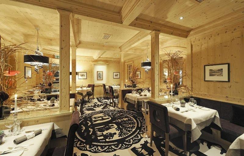 Wellness & Spa Hotel Ermitage - Restaurant - 3