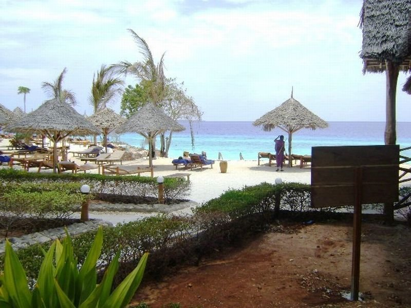 Beach Nungwi Lodge