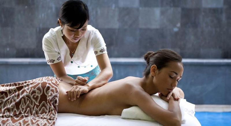 How much does an hour massage cost on bali