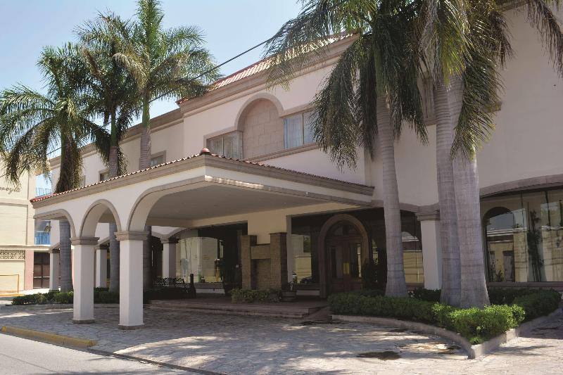 Best Western Centro Cadereyta - Hotel - 2