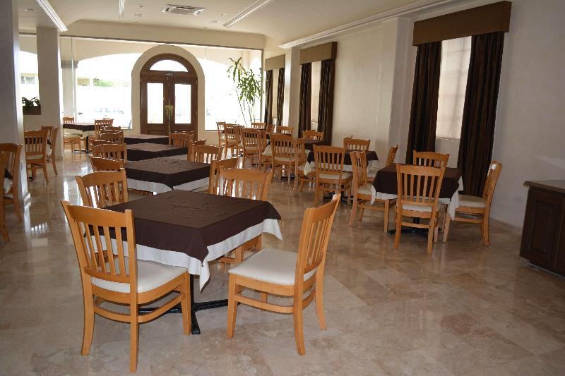 Best Western Centro Cadereyta - Restaurant - 9