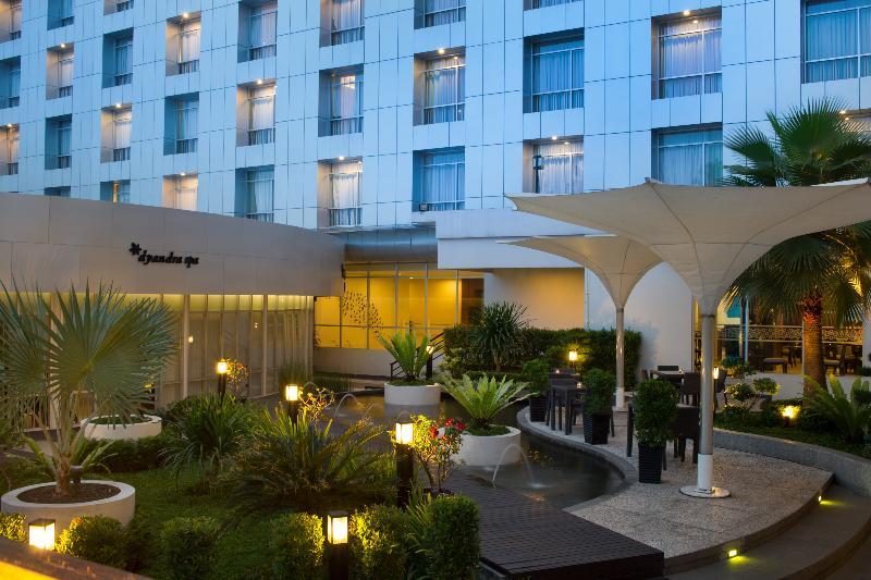 General view Santika Premiere Dyandra Hotel & Convention