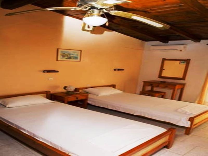 Dina's Rooms