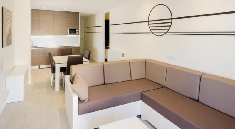 Fotos Apartamentos Ponent Apartments