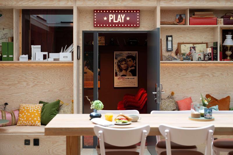 Lobby Best Western Plus Hotel Noble House