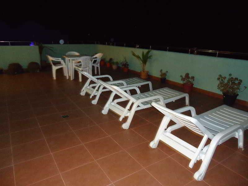 City Beach Hotel