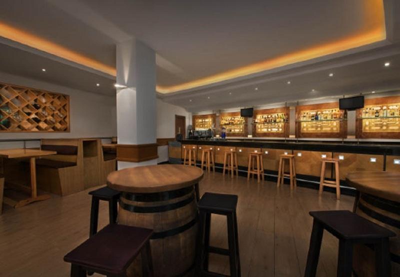Marriott's Playa Andaluza - Bar - 3