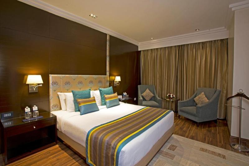 Room Golden Tulip Chandigarh