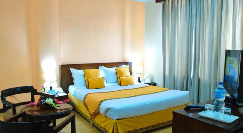 Summit Residency Airport Hotel Kathmandu - Room - 1