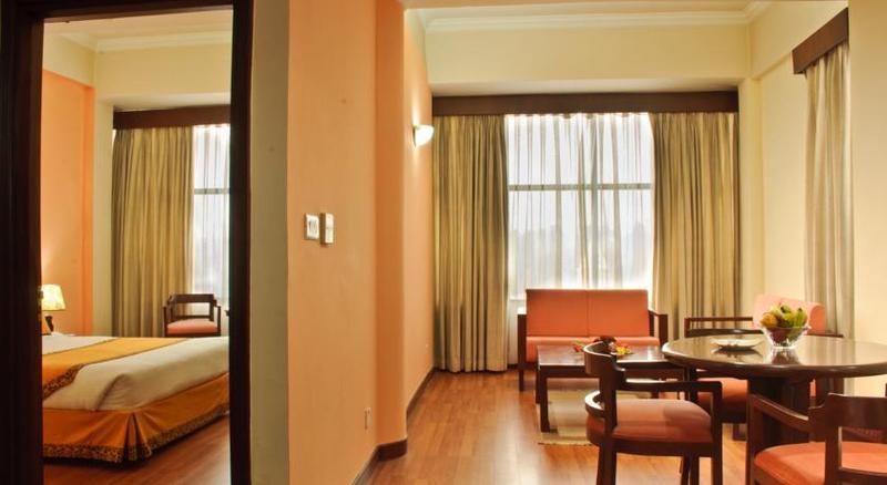 Summit Residency Airport Hotel Kathmandu - Room - 6