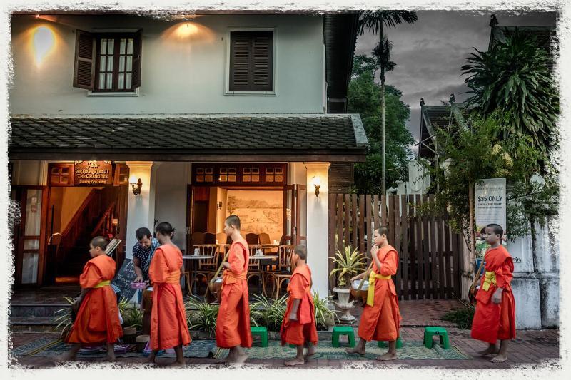 General view Cafe De Laos