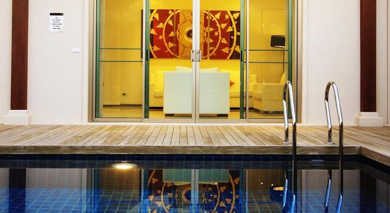 Two Villas Holiday Onyx Style Nai Harn Beach
