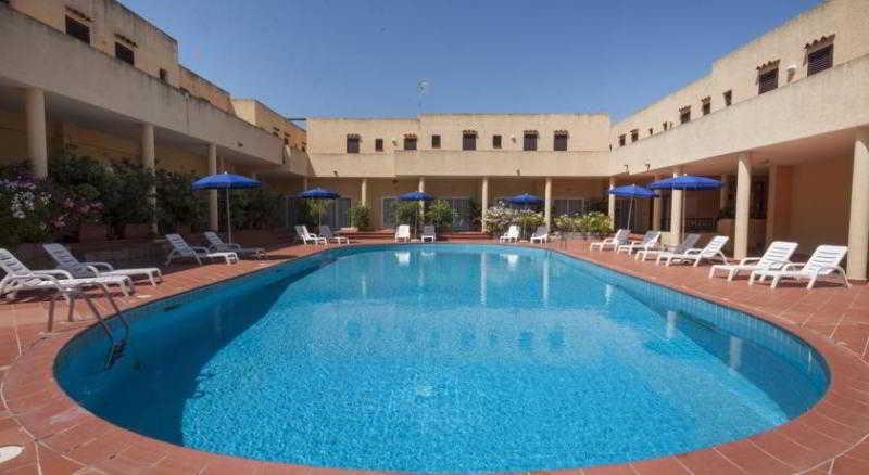 Pool Blu Hotel Laconia Village