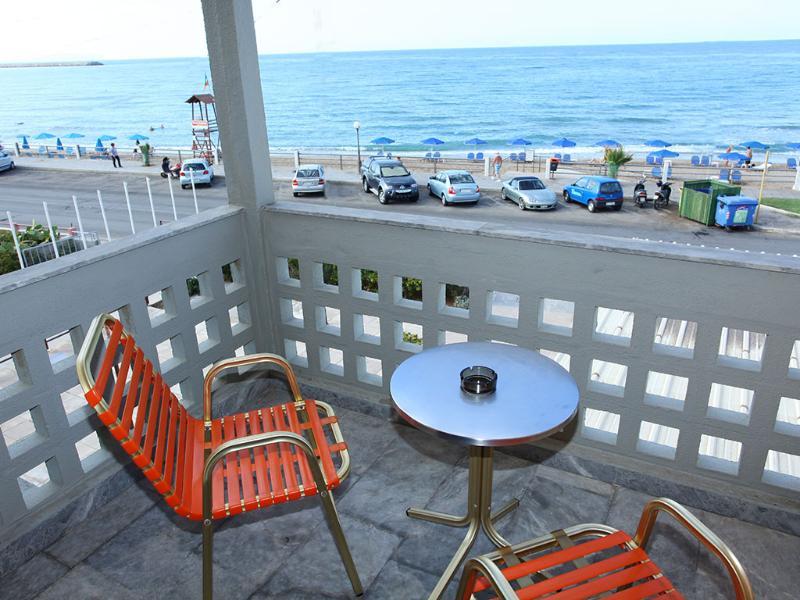 Zantina Beach Hotel - Terrace - 6