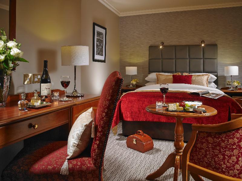 Room Buswells Hotel
