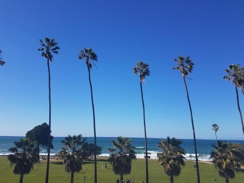General view La Jolla Cove Suites