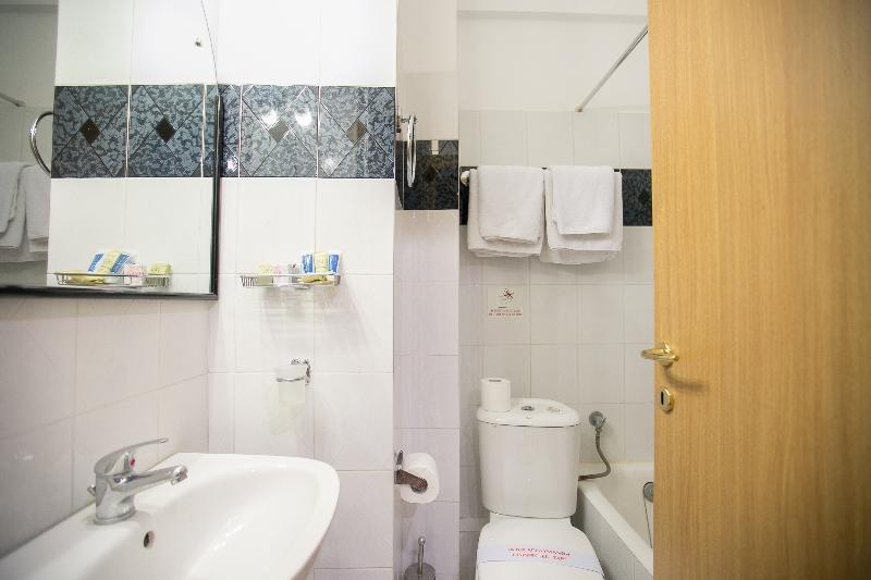 Tzaki Hotel - Room - 12