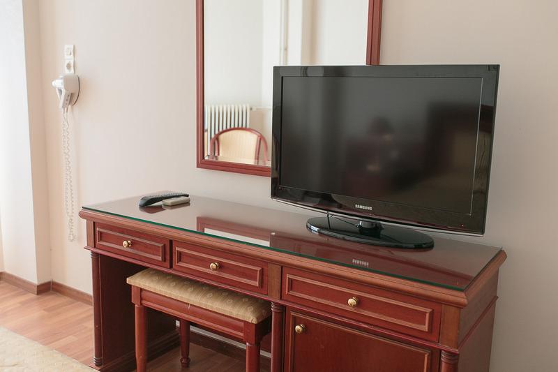 Tzaki Hotel - Room - 10