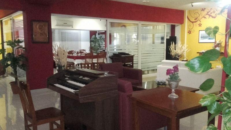 Lobby Don Paco Hotel