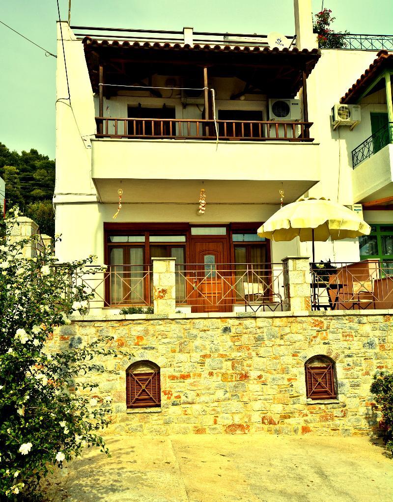 General view Nina Apartments