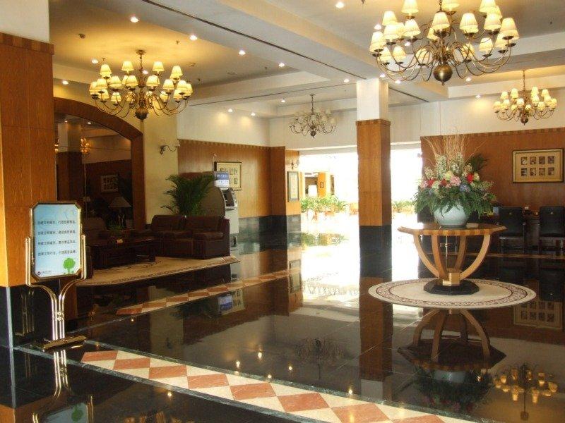Lobby Eastern Light International