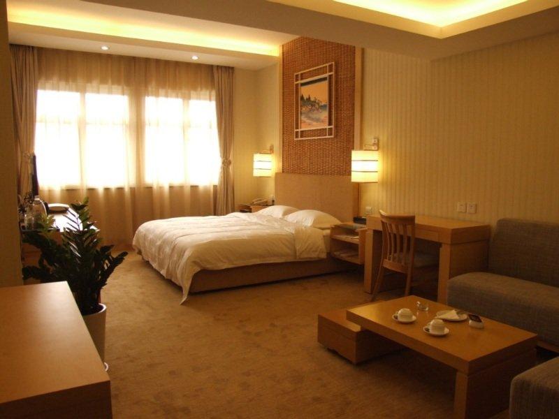 Room Eastern Light International