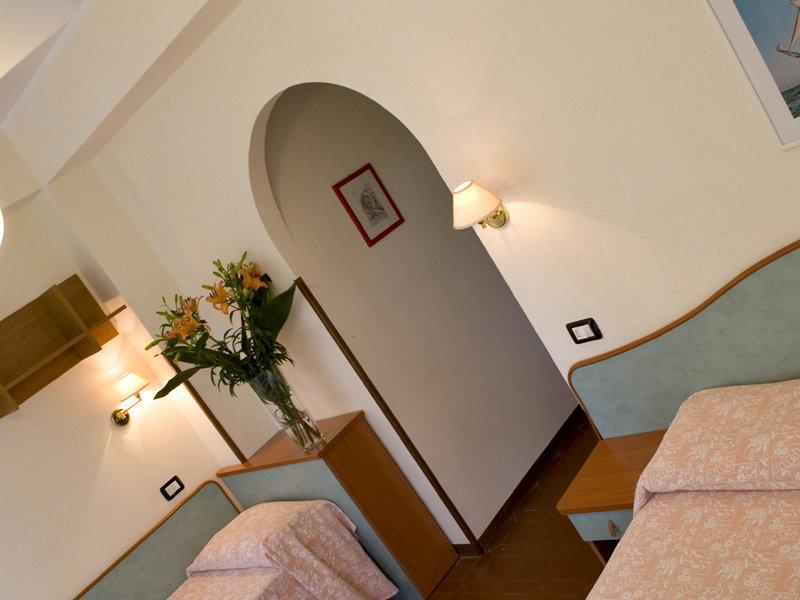 Room Brigantino