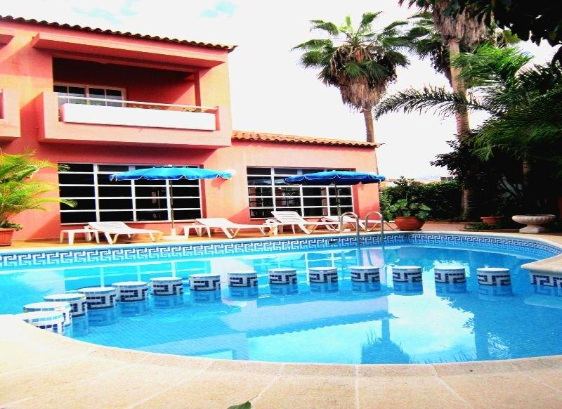 Pool Don Candido Hotel