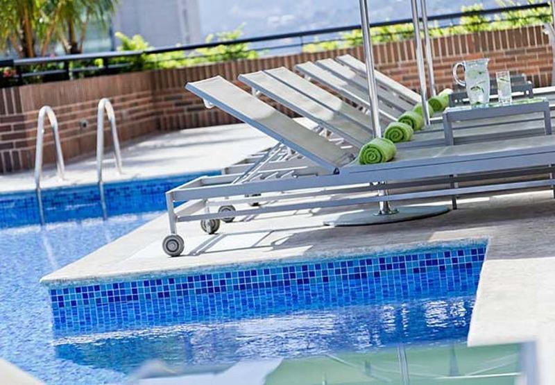 Pool Renaissance Caracas La Castellana Hotel