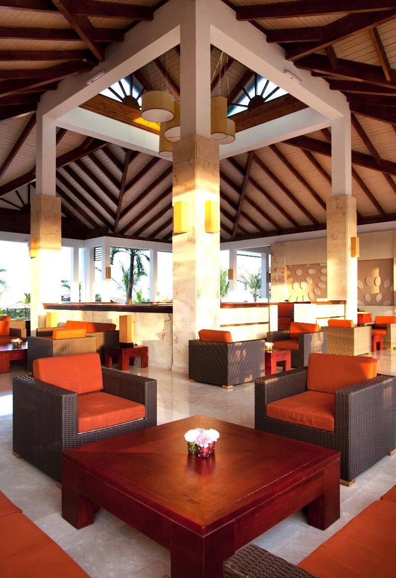 Lobby Royalton Cayo Santa Maria
