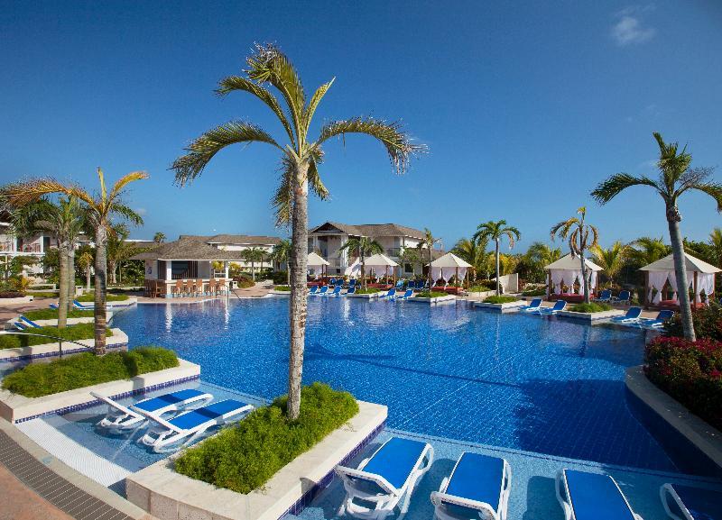 Pool Royalton Cayo Santa Maria