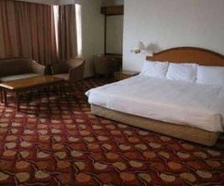 Room Kingwood Inn Kuching