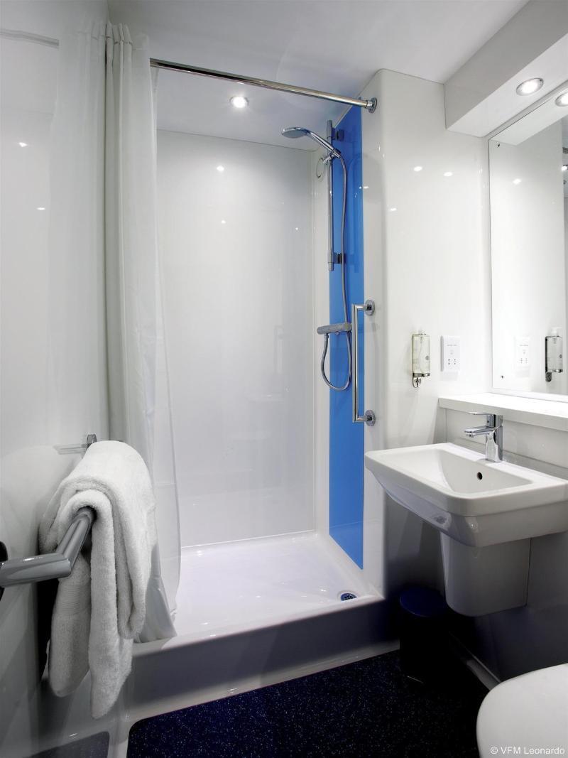 Travelodge Portsmouth - Hotel - 1