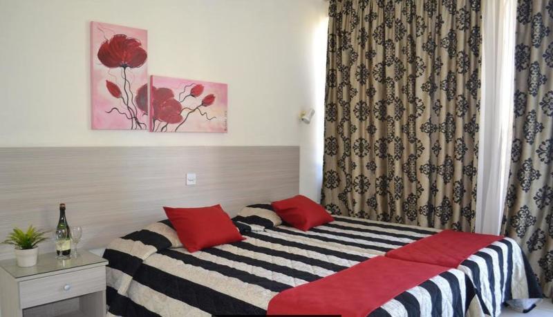 Tasiana Hotel Apts - Room - 7