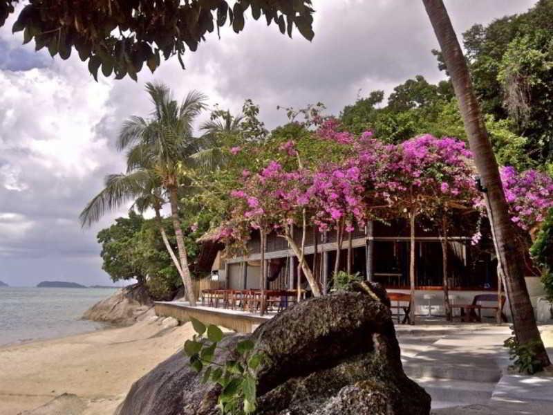 Restaurant Bay Lounge & Resort