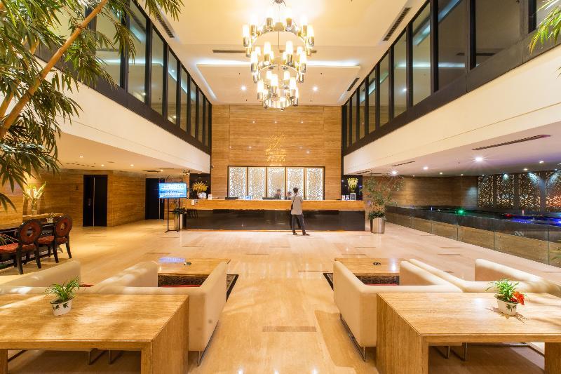 Lobby Grand Jatra Hotel Balikpapan