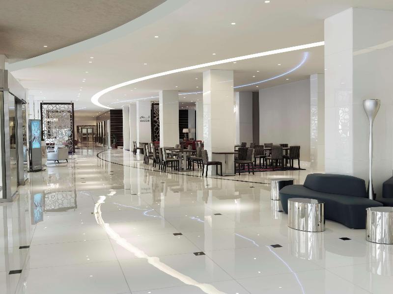 Lobby Radisson Blu Hotel Kuwait