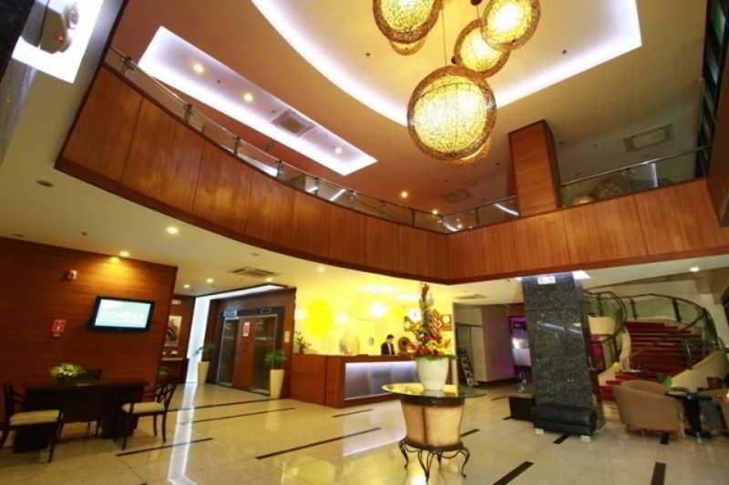 Lobby Dohera Hotel