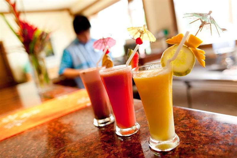 Bar Boracay Tropics Resorts Hotel