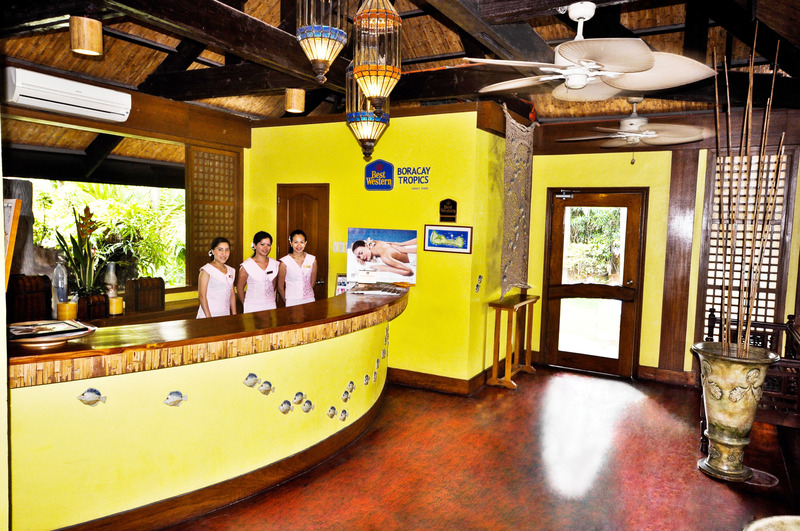 Lobby Boracay Tropics Resorts Hotel