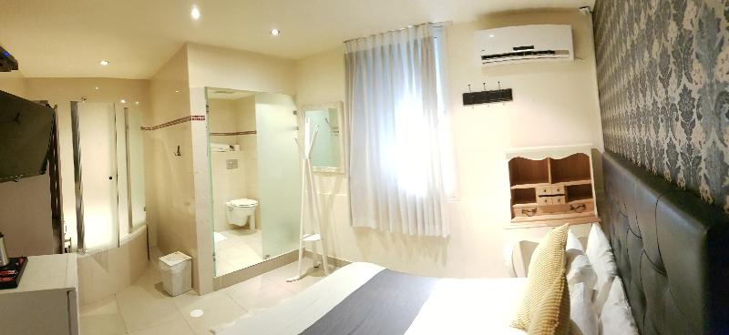 Room Central Hotel