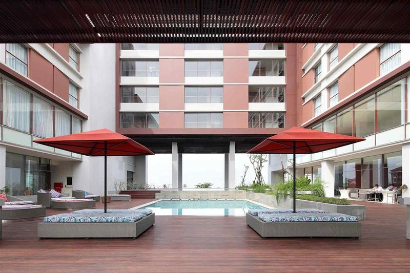 Pool Mercure Padang