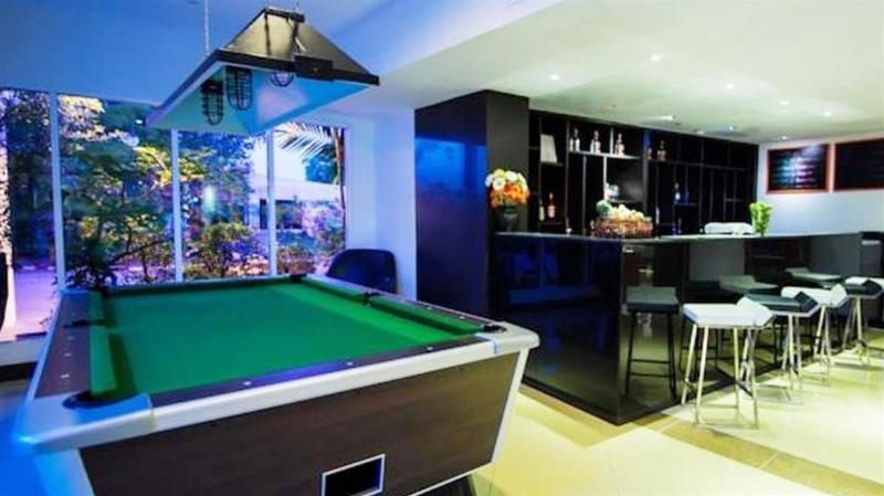 Hotel Selection Pattaya - Bar - 13