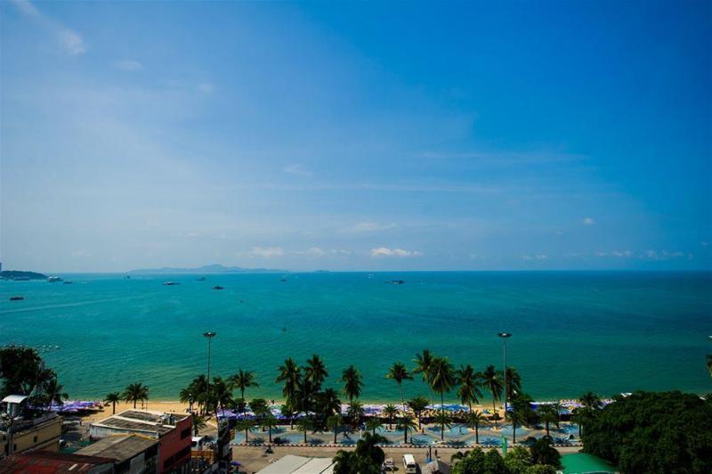 Hotel Selection Pattaya - Pool - 12