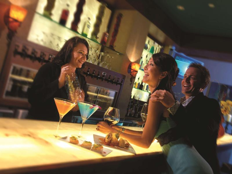 Embassy Suites West Palm Beach Airport - Bar - 3