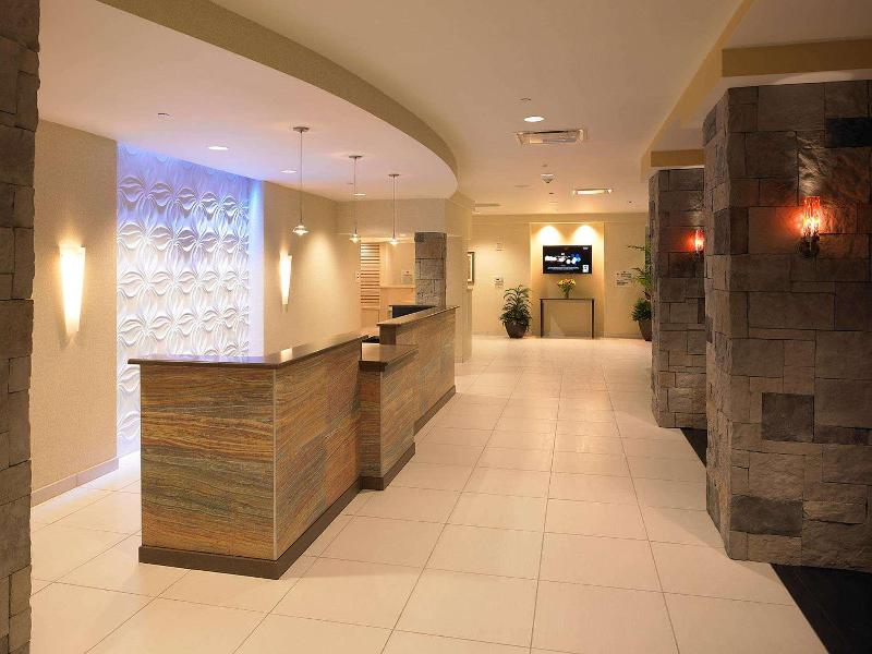 Lobby Doubletree By Hilton Rochester - The Strathallan