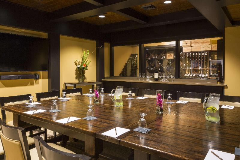 Restaurant Doubletree By Hilton Rochester - The Strathallan